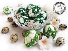 Crochet Ornaments, Handmade Ornaments, Handmade Home, Etsy Handmade, Easter Toys, Easter Table Decorations, Lace Decor, Easter Baskets, Eggs