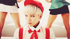 K-pop stars frequently present themselves as androgynous/gender neutral, which is cool!