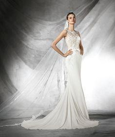 Tais, vestido de novia de encaje con escote barco
