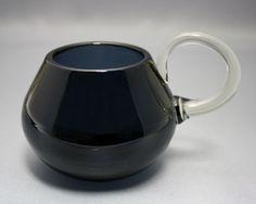 Artglass, buttermilk mug, Nanny Still