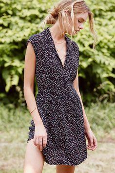 COPE Feminine Button-Front Shirt Dress