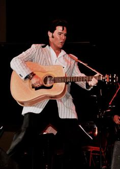 Rick Lenzi IS Elvis as he and the Roustabouts perform the best 3 decades of Elvis music at the RNR 6/13/15.