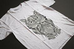 Owl unisex t-shirt. Graphic tee. Hoot Organic by TheBlackTeeShack