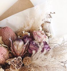 Dried Flowers Are Perfect In A Wedding Bouquet So Delicate And Pretty : Fleuralice Dried Flower Arrangements, Wedding Arrangements, Wedding Bouquets, Deco Floral, Arte Floral, Floral Design, Dried Flower Bouquet, Dried Flowers, Autumn Flowers