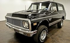 1970 Chevrolet K5 Blazer 4x4 -  Didn't Billet Tube Grills go outta style like 10+ Years Ago???.... I Understand Timeless but Billet Everything is just so Yesterday!