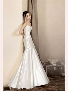 White Column Sweetheart Satin 2013 Wedding Dress
