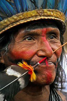 Pajé Mamaindé - Festival Nacional da Cultura Indígena - Bertioga - 2012 by Anete Costa, via Flickr