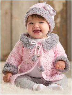 This is gorgeous pink sweater, beautiful feature a plush collar. Also Cuffs contrasting with modern grey – perfect. Trendy and awesome for all baby girls.  Enjoy 🙂 Full article with the pattern is below. Join our Facebook Group Modern Baby Set with Sweater – the free pattern is here