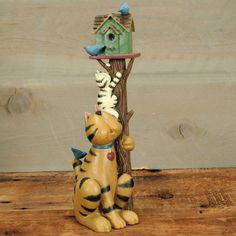 Up a Tree Kitty Figurine by Williraye Studio