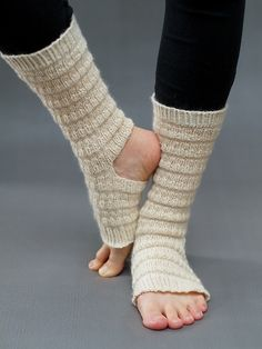Ravelry: Yoga Socks pattern by Belinda Too Crochet Leg Warmers, Crochet Slippers, Knit Crochet, Knitting Socks, Knitted Hats, Knit Socks, Knitting Projects, Crochet Projects, Dance Socks