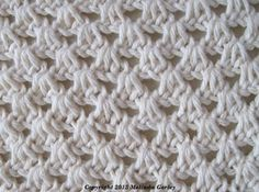T small shell stitch _____________also many more tunisian stitches on same page - VERY GOOD SITE FOR DIFFERENT TYPES OF STITCHES