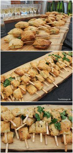 Snacks af butterdej på ispinde og server på træskærebræt. Se opskriften og køb ispinde på kreahobshop.dk