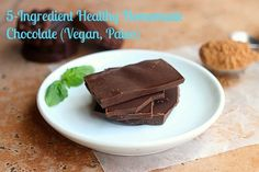 (via 5-Ingredient Healthy Homemade Chocolate (Vegan, Paleo)...   #healthy #vegetarian #vegan #recipes Find more healthy recipes @ http://standouthealth.com