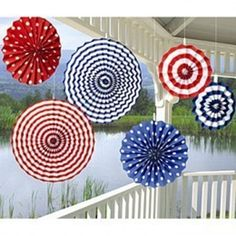 lantern decor for fourth of july | Pretty 4th of July decorations!