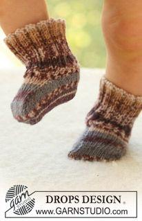 """DROPS sokken van """"Fabel"""". 1/3 maanden tot en met 3/4 jaar. ~ DROPS Design"""