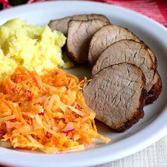 Kapsalon – Holenderski fast food – Smaki na talerzu Pot Roast, Steak, Ethnic Recipes, Food, Carne Asada, Roast Beef, Essen, Steaks, Meals