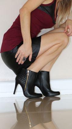 winter shoes - black boots - bota de cano curto - heels - Inverno 2015 - Ref. 15-4806                                                                                                                                                                                 Mais