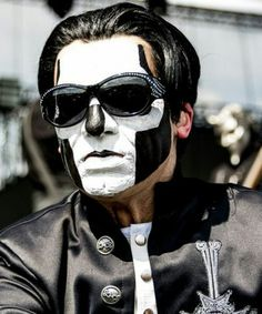 Ghost Papa III 'tis the night of the witch