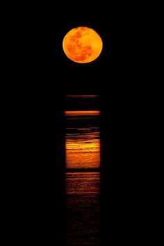 Broome - The Staircase to the Moon can be seen between March to October from anywhere around Roebuck Bay.cNight Markets are held at Town Beach on the & Nights (No Markets night) where you can purchase local cuisine and hand made products of Broome,