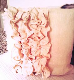 drop cloth RUFFLED pillow tutorial - so cute!  I used cotton fabric, but it worked really well and was super cute!