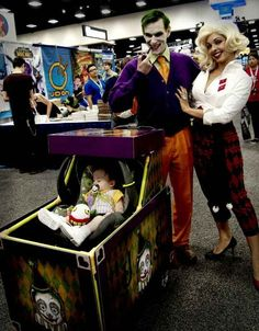 The Joker Family | 18 Families That Prove The Family That Cosplays Together, Stays Together