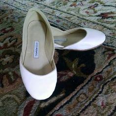 Handmade white leather ballet flats - never worn White Ribbon handmade in Germany leather white ballet flats. Never worn. White Ribbon Shoes Flats & Loafers