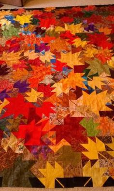 Lovely fall maple leaf pattern!