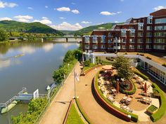 Heidelberg Marriott Heidelberg Hotel Germany, Europe Marriott Heidelberg Hotel is a popular choice amongst travelers in Heidelberg, whether exploring or just passing through. Offering a variety of facilities and services, the hotel provides all you need for a good night's sleep. To be found at the hotel are 24-hour front desk, facilities for disabled guests, luggage storage, Wi-Fi in public areas, car park. Guestrooms are fitted with all the amenities you need for a good night...