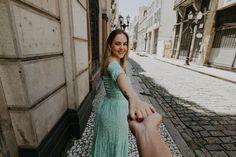 Pré Wedding - Camila e Tiago - Pinacoteca e Centro Histórico - Santos/SP Poses, Camila, White Dress, Dresses, Fashion, Fall Weather, Wedding Shot, Engagement, Cute Pics