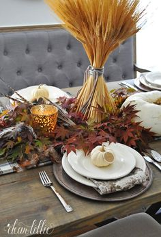 A simple Thanksgiving table setting. #sponsored #homegoodshappy #happybydesign