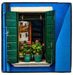 Venice, Burano Italy Window | ©2013 John Galbreath