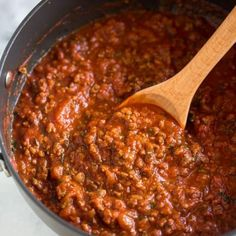 Have you thought of dishes for your dinner yet? Here are top 25 delicious spaghetti recipes to vary your dinner. Let's try these impressive spaghetti recipes below with different ways. Spaghetti Sauce Easy, Spaghetti Recipes, Spaghetti Sauce From Scratch, Spaghetti Noodles, Spaghetti Sauce Recipe Using Tomato Paste, Recipe For Meat Sauce, Spaghetti Sauce Ground Beef, Spaghetti Sauce With Mushrooms, Amazing Spaghetti Sauce Recipe