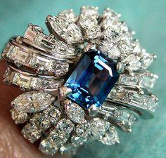VINTAGE EMERALD CUT SAPPHIRE DIAMOND PLATINUM RING