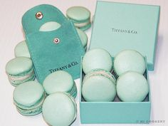 Tiffany Macarons... I am so intimidated by this little pastry.