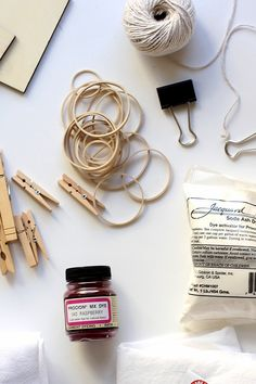 El shibori es una técnica japonesa que usa tinturas para crear estampados, ¡aprende los pasos básicos aquí!