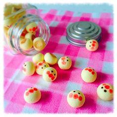 アンパンマンボーロ♫ Icebox Cookies, Cook N, Cute Polymer Clay, Cute Desserts, Japanese Sweets, Food Drawing, Asian Recipes, Good Food, Food And Drink