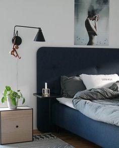 Aplique Game L, negro Closet Bedroom, Bedroom Inspo, Dream Bedroom, House Doctor, Color Negra, My Room, Decoration, Wall Lights, House Ideas