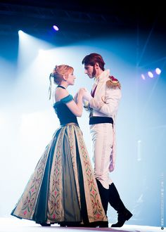 Anna and Hans (Frozen) - Japan Expo 2014: WCS & ECG Cosplay Main Stage