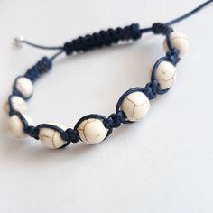 """c7ce53d94 Dana Kubátová - danku on Instagram: """"Náramek tmavě modrá + minerální  kamínky howlit. #bracelet #bracelets #naramky #shamballa  #presentformysister ..."""