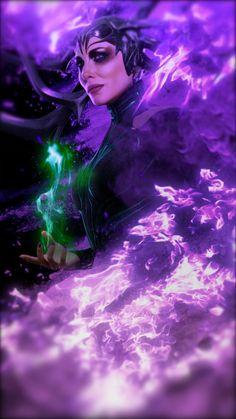 Animated Video GIF Thor Ragnarök Hela - Animated Gifs/Videos created by Sherilynn Gould - Disney Marvel Comic Universe, Marvel Art, Marvel Dc Comics, Marvel Heroes, Marvel Movies, Marvel Cinematic Universe, Marvel Wallpaper, Hd Wallpaper, Live Wallpapers