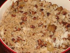 HOPPIN' JOHN  |  LOWCOUNTRY RECIPES are cooking techniques, ingredients, and traditions that originate in the LOWCOUNTRY.  The Lowcountry is usually considered as the coastal area and small offshore islands of South Carolina, although many people also include the coast and sea islands of Georgia in the term. The name comes from the fact that this is a geographically low-lying area of flat plains, marshes, estuaries, and beaches.
