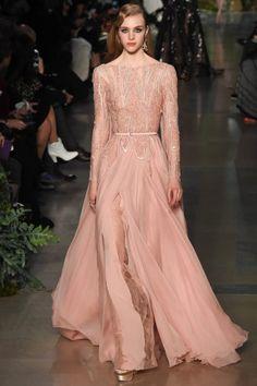 Elie Saab abito rosaVestito nuziale haute couture rosa primavera/estate 2015
