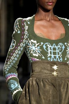 Emilio Pucci Fall 2011 Ready-to-Wear Accessories Photos - Vogue