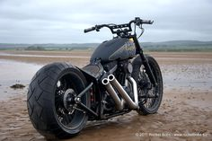 Custom Harley-Davidson Rocker Bike Build, BLACKBIRD | Rocket Bobs
