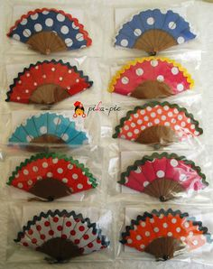 pika-pic en las tiendas flamencas Triana y Emilia Manuela Diy And Crafts, Crafts For Kids, Arts And Crafts, Caleb Y Sophia, Flamenco Party, Outfits For Spain, Spanish Party, Spanish Activities, Thinking Day