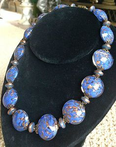 VINTAGE-VENETIAN-GLASS-PERIWINKLE-BLUE-AVENTURINE-LRG-DISC-BEADED-NECKLACE