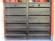 Cacería Tipográfica N° 398:  Letras ED en la entrada a una casa de la avenida Lima en Vallecito, Cercado de Arequipa.