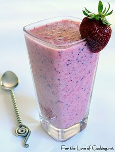 Citrus Berry Smoothie (3/4 cup of low fat vanilla yogurt  1/2 cup of orange juice  5-6 strawberries, stems removed  1 cup of blueberries  1 cup of frozen raspberries  1 banana, sliced  1-2 tsp of honey, to taste  5-6 ice cubes)