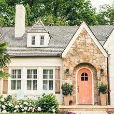 English Cottage Style, Cottage Style Decor, Cottage Style Homes, Beach Cottage Style, Rustic Cottage, French Cottage, Cozy Cottage, English Cottages, English Cottage Exterior