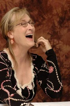 Meryl Streep has the BEST laugh! <3 <3 <3